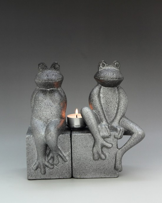 Animal Collection-  Frog Couple BookEnd
